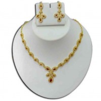 Pearl & gold plated necklace P5