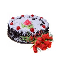 Special Black Forest Cake 1.5Kg with Fresh Red Roses Premium